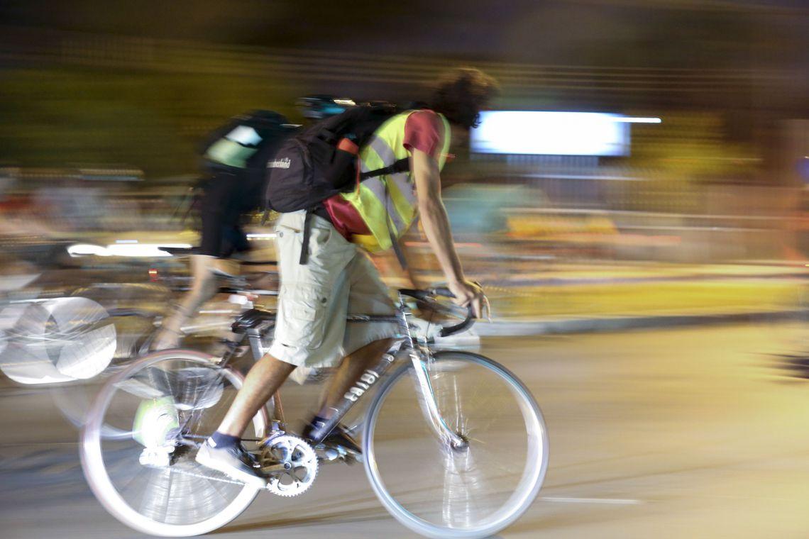 multas a pedestres e ciclistas