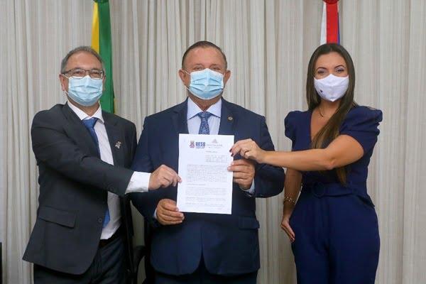Uesb firma parceria com TV da Assembleia Legislativa da Bahia