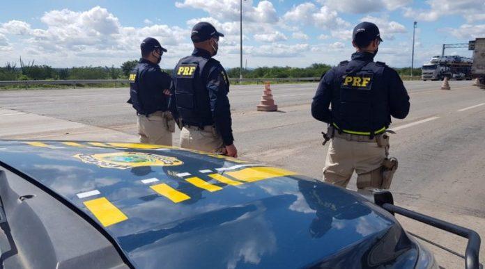 Acusado de participar de explosões de agências bancárias na região de Guanambi foi preso na BR-116